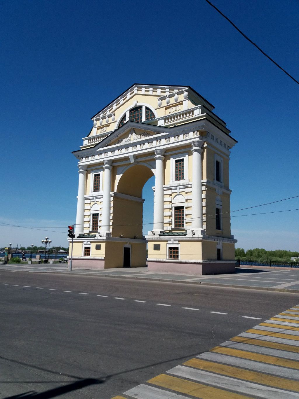 Das Moskauer Tor an der grünen Linie in Irkutsk