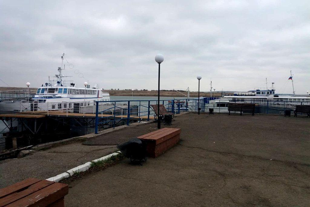 Bootanlegestelle am Hafen von Irkutsk
