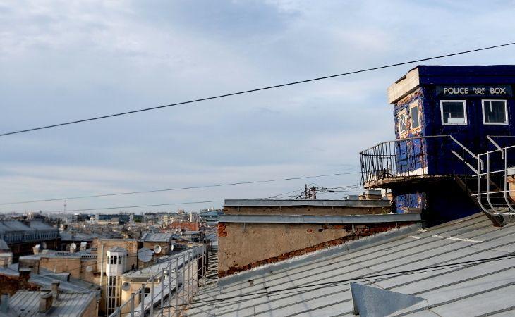 Ausstiegspunkt für die Rooftop-Tour über den Dächern von Sankt Petersburg