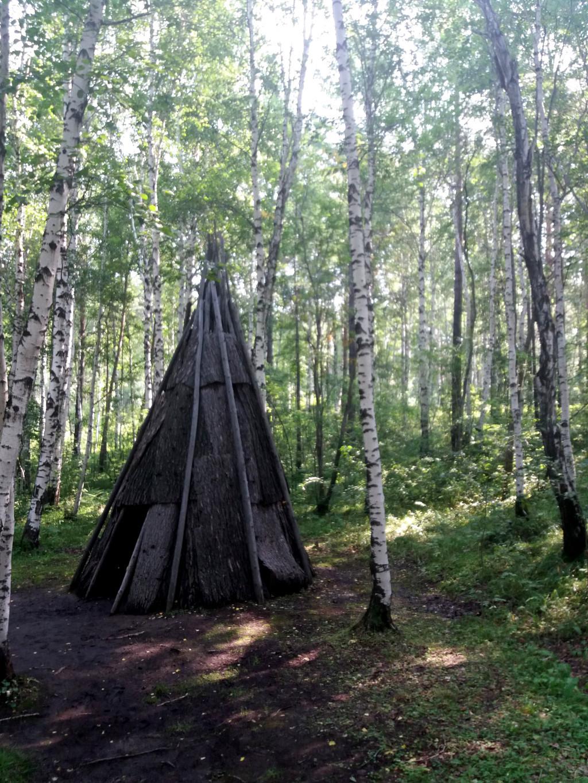Wigwam der Ewenken im Taltsy Freilichtmuseum bei Irkutsk