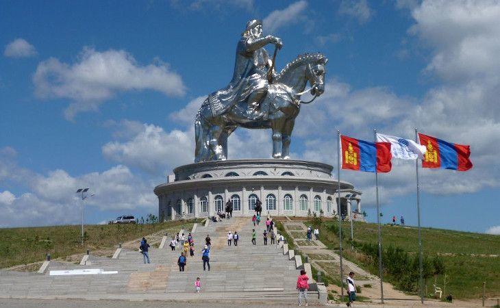 Dschingis Khan Denkmal in Ulan-Bator