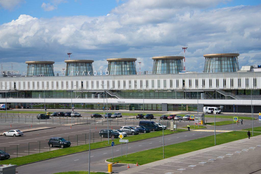 Flughafen Pulkowo in Sankt Petersburg