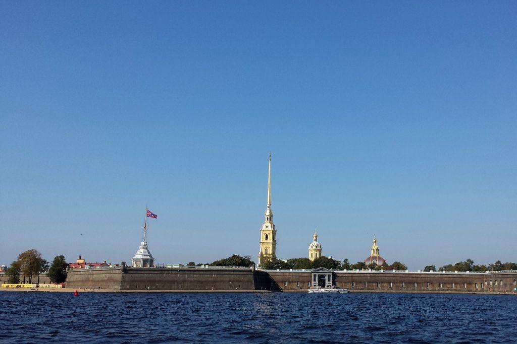 Peter-und-Paul-Festung an der Newa in Sankt Petersburg