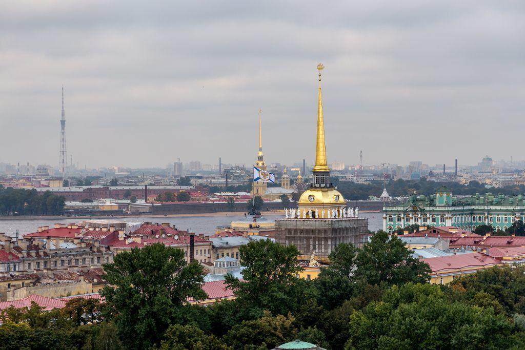 Ausblick von der Aussichtsplattform der St. Isaak Kathedrale in Sankt Petersburg