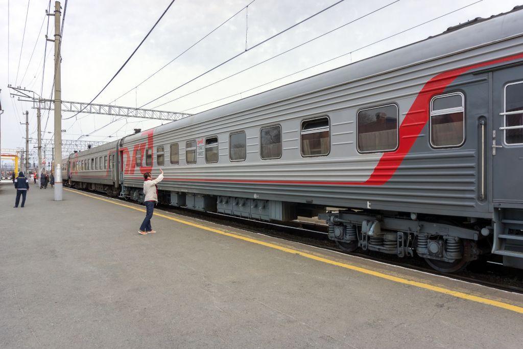 Waggon der Transsibirischen Eisenbahn - Beste Reisezeit für Russland