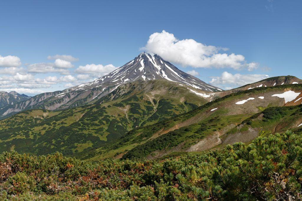Vulkanlandschaft auf der Halbinsel Kamtschatka - Beste Reisezeit für Russland