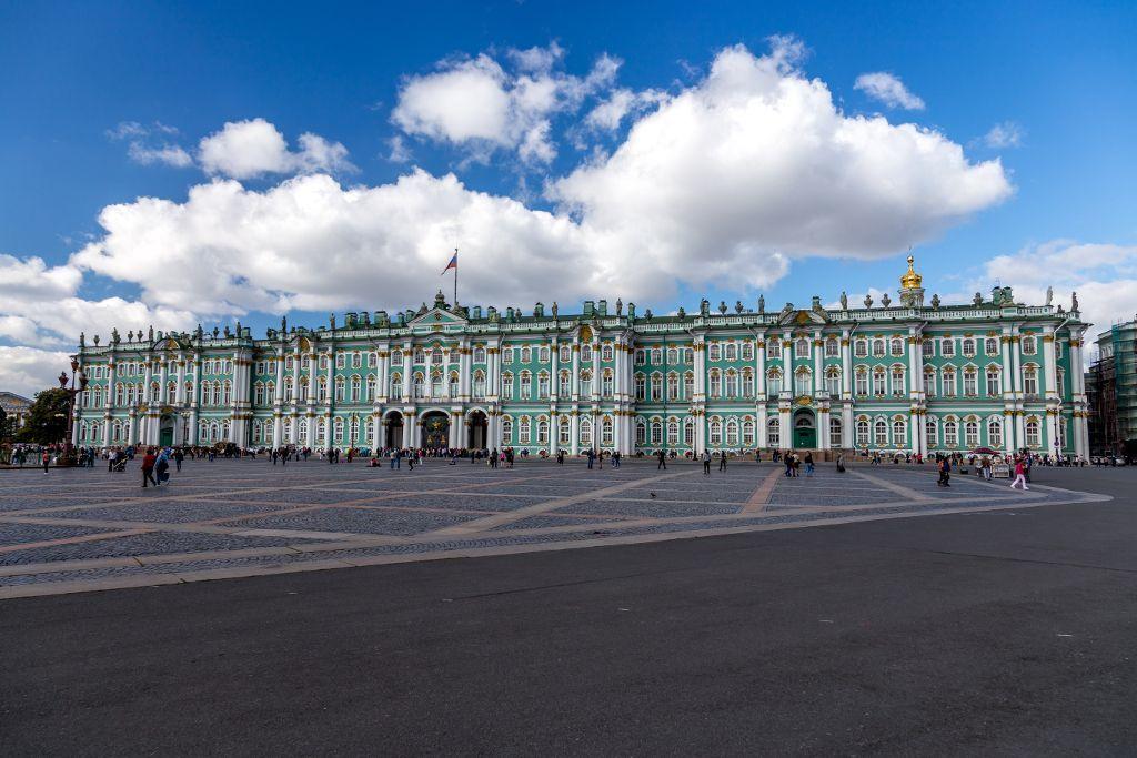 Der Winterpalast der Eremitage in Sankt Petersburg
