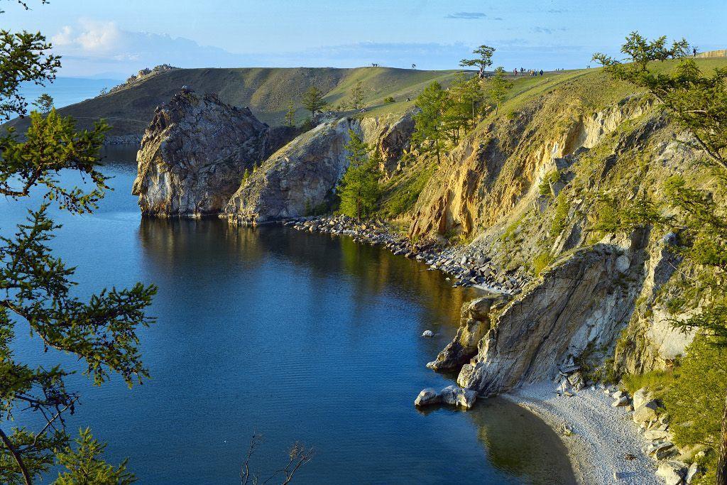 Steilklippe der Insel Olchon im Baikalsee