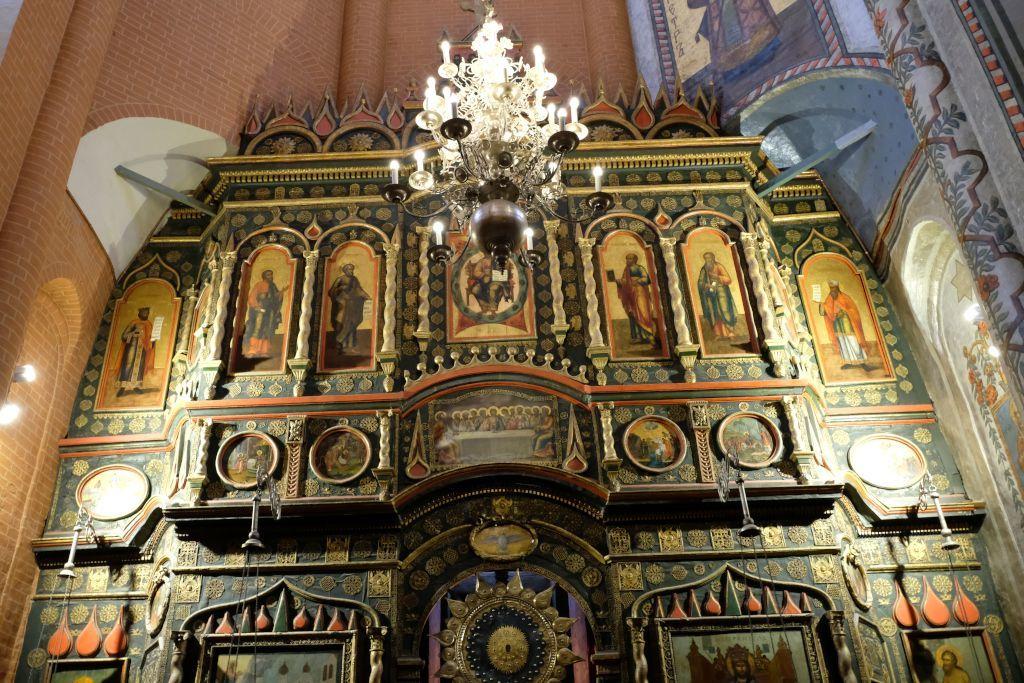 Altar im Innenbereich der Basilius-Kathedrale in Moskau