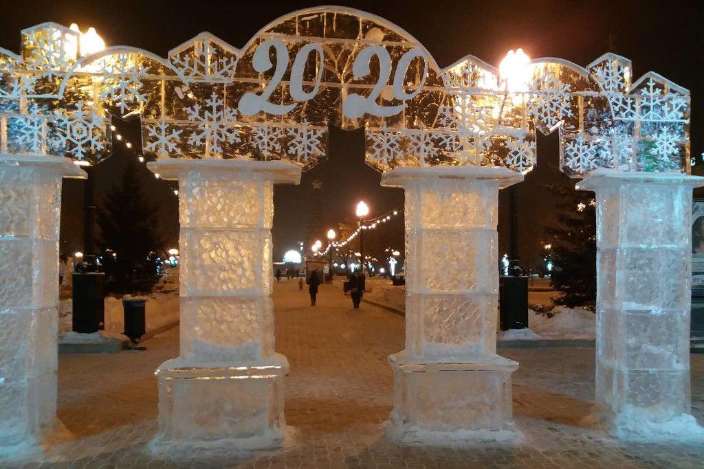 Eisskulptur Neujahr in Russland 2020