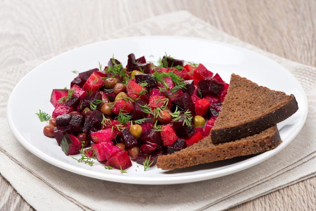 Salat Vinaigrette bei einer Russland Reise