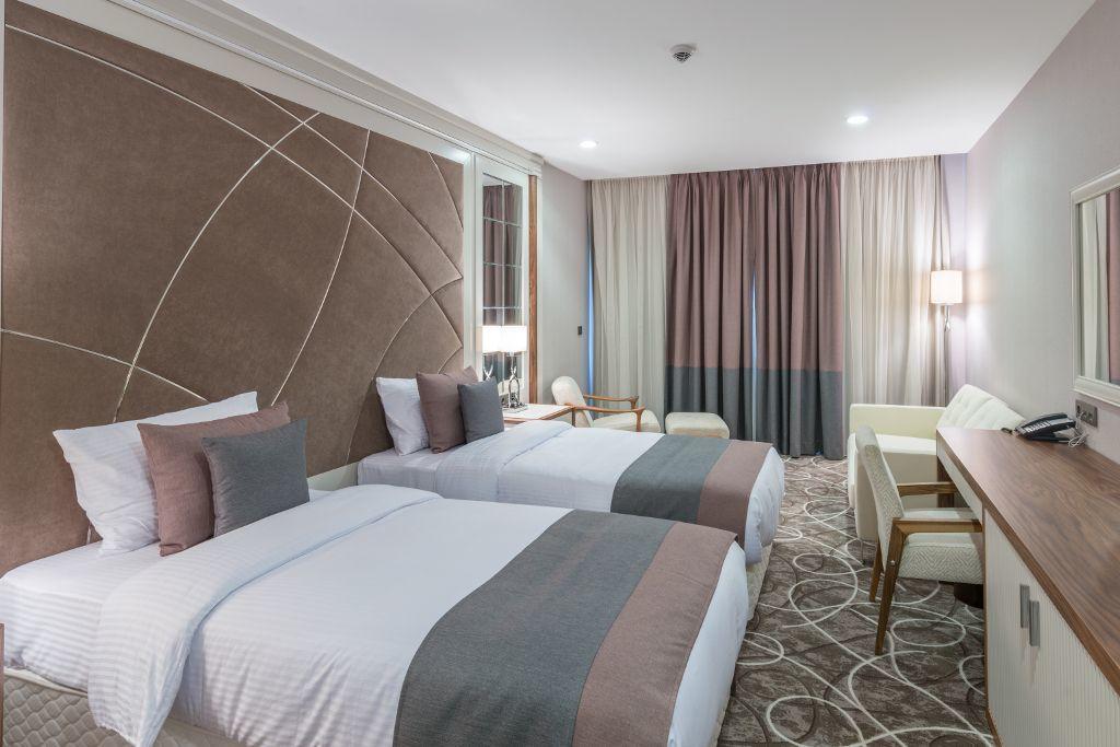 Luxuriöses Hotelzimmer mit 2 Einzelbetten