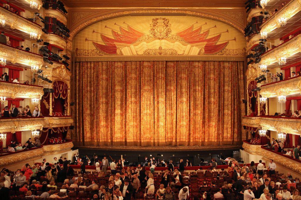 Historische Bühne des Bolschoi-Theaters in Moskau