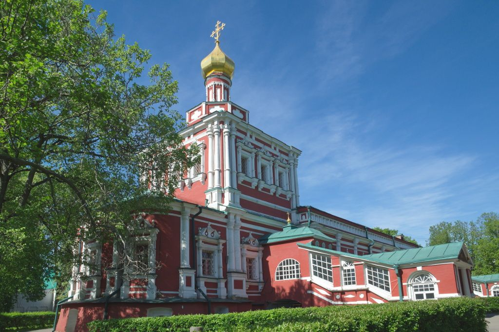 Maria-Entschlafens-Kathedrale im Nowodewitschi-Kloster in Moskau