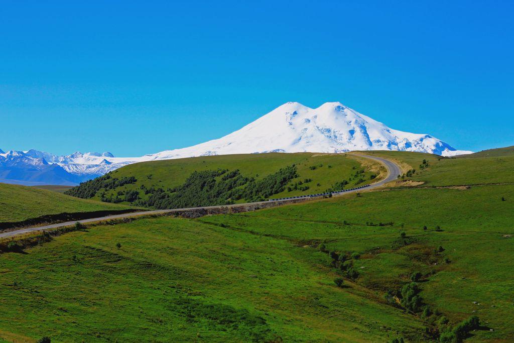 Gipfel des Elbrus in Russland - Höchster Berg Europas