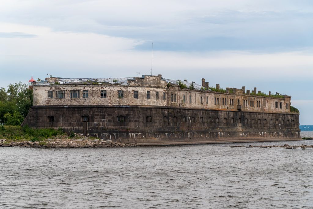 Kronshlot Fort in Kronstadt
